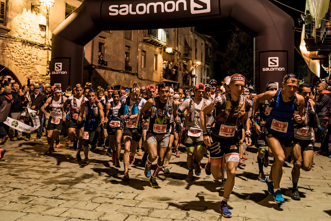 Ultra Pirineu 2017 race start, heading for 110 kms and 6,800m vertical climb. ©iancorless.com / SWS